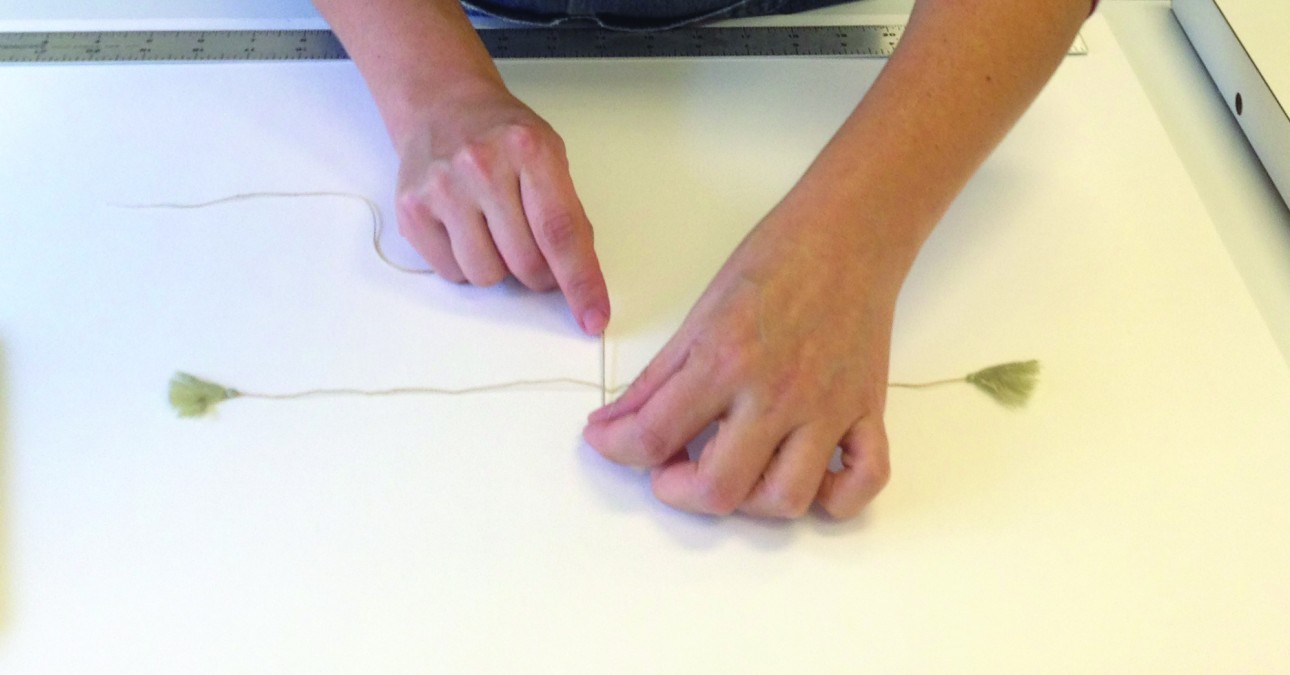 Tying a binding string